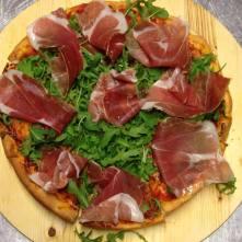 La Pizza - Margherita con Prosciutto - Cucina